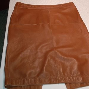 Graham & Spencer Lambskin leather skirt sz 6